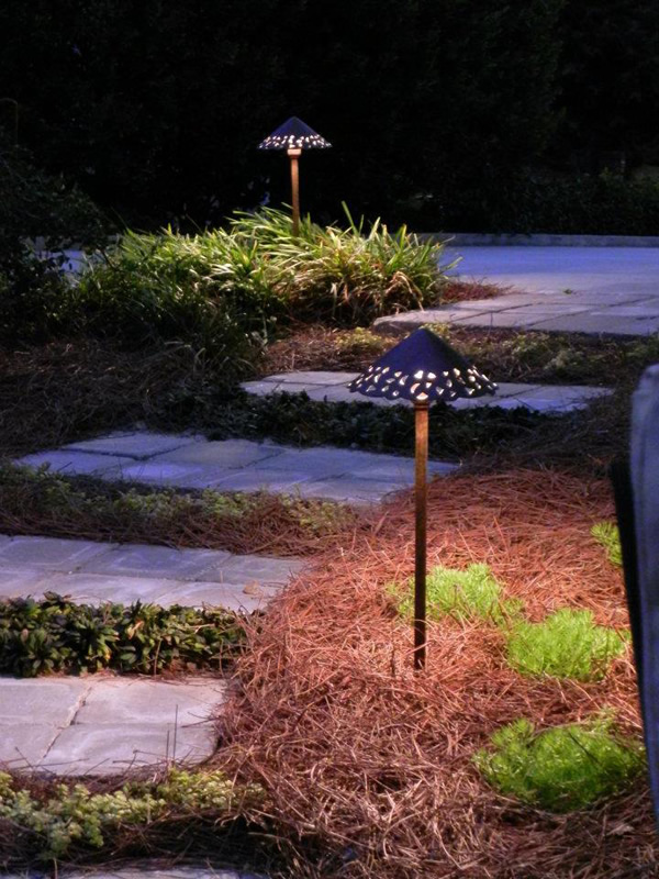 atlanta landscape lighting design for walkways